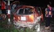 Nghệ An: Tàu hỏa tông xế hộp khiến 4 người đi cấp cứu