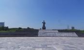 Quảng trường nghìn tỷ bỏ hoang giữa... Thành phố Ninh Bình