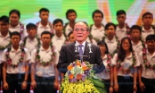 Chủ tịch Quốc hội Nguyễn Sinh Hùng căn dặn đặc biệt các học sinh
