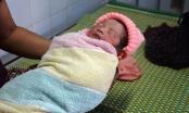 Quảng Nam: Bé sơ sinh chưa cắt dây rốn bị bỏ rơi