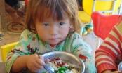 Lào Cai:Nhói lòng những bữa cơm chỉ rau và lạc của trẻ em vùng cao