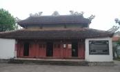 Nghệ An: Đền thờ Vua Mai Hắc Đế chống nạng chờ... sập