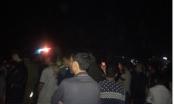 Nghệ An: Dân vây xe CSGT, quốc lộ 7 ùn tắc kéo dài
