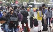 Dòng người ùn ùn kéo về Thủ đô sau kỳ nghỉ tết Dương lịch