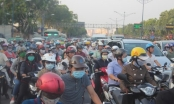 TPHCM:Cận cảnh hiện trường vụ xe bồn làm loạn, đè bẹp hàng loạt ô tô