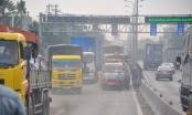 TPHCM:Cận cảnh xe tải gây TNGT liên hoàn, hàng ngàn phương tiện nối đuôi nhau