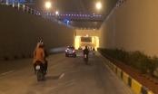 Người dân Thủ đô hào hứng đi qua nút giao thông hiện đại