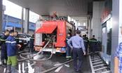 Hà Nội: Cháy lớn tại Toyota Mỹ Đình