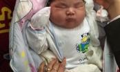 Hy hữu: Bé sơ sinh nặng kỷ lục 6,1kg tại Nam Định