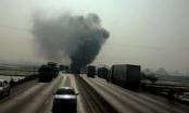 Thanh Hóa: Tai nạn kinh hoàng, xe tải bốc cháy ngùn ngụt