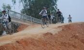 Huyện Quỳ Châu (Nghệ An): Mỏi mòn ngóng đợi ngày khánh thành cầu Hoa Hải