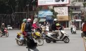 Hà Nội: Đường Đê La Thành bỗng dưng bị chia cắt, giao thông hỗn loạn