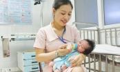 Nghệ An: Bé gái kháu khỉnh bị mẹ bỏ rơi ở bệnh viện