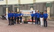 Hội sinh viên Bắc Giang: Chung tay cùng người dân bán vải