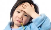 Nắng 40 độ C: Làm gì khi trẻ bị sốc nhiệt, đột quỵ