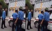 Xuất hiện thêm clip vụ bảo vệ chặn xe cứu thương tại Bệnh viện Nhi TW