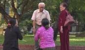 Mẹ Vũ Văn Tiến vái lạy và cầu xin gia đình bị thảm sát ở Bình Phước tha thứ