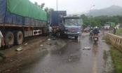 Hòa Bình: 4 xe ô tô tông nhau liên hoàn làm 6 người thương vong