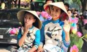 Dàn nghệ sỹ diễu hành áo dài trên các tuyến phố Hà Nội