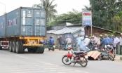 Bình Dương: Xe máy va chạm contaienr, người phụ nữ tử vong tại chỗ