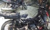Nghệ An: Chặn đánh đốt 2 xe máy của nhóm trai lạ vì dám vào bản tán gái