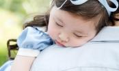 Khoảnh khắc Cadie Mộc Trà thiếp ngủ đáng yêu khiến fans phải tan chảy