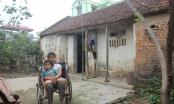 Bắc Giang: Xót xa hoàn cảnh người mẹ liệt cả hai chân gắng gượng nuôi con