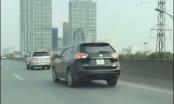 Video: 5 ô tô rủ nhau cùng đi lùi trên đường vành đai 3