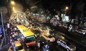 Hàng vạn phương tiện đổ về Thủ đô sau kỳ nghỉ lễ