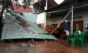Bình Phước: Mưa to kèm lốc xoáy khiến nhiều nhà dân bị tốc mái