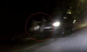 Hà Nội: Ô tô gây tai nạn trong đêm rồi bỏ trốn