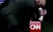 Tổng thống Donald Trump đăng video đấm gục CNN trên Twitter