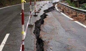 Quốc lộ nghìn tỉ nứt hơn 100m sau mưa bão