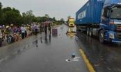 Quảng Ngãi: Đâm phải xe tải, một phụ nữ tử vong