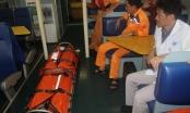 Cấp cứu thuyền viên bị thủng dạ dày khi đánh bắt trên biển