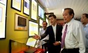 Phó Thủ tướng Trương Hòa Bình thăm và làm việc với Trung tâm Lưu trữ quốc gia IV