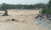 Phóng viên mất tích trong vụ sập cầu Thia tại Yên Bái: Dư ơi! Từng phút ngóng tin em trở về