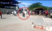 Hà Nội: Cán bộ Đội quy tắc ngang nhiên vung gậy chặn xe vi phạm giao thông