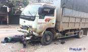 Hà Nội: Xe máy va chạm ôtô tải, một người tử vong
