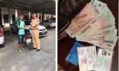 Hà Nội: Đội CSGT số 3 trả lại 15 triệu đồng cho người đánh rơi