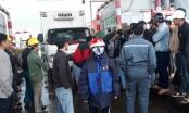 Quảng Bình: Dân phản đối trạm thu phí, hàng trăm phương tiện ùn ứ trên QL1A