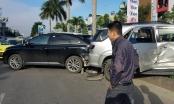 Đà Nẵng: Tai nạn liên hoàn sau pha va chạm giữa hai xe ô tô