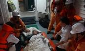 Cứu thuyền viên Phillipines bị đột quỵ, liệt nửa người trên biển