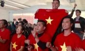 Cổ động viên xứ Huế háo hức cổ vũ cho đội tuyển Việt Nam ở bán kết U23 Châu Á