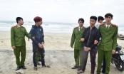 """Công an Thừa Thiên Huế bắt """"nóng"""" 2 tên cướp ở biển Lăng Cô"""