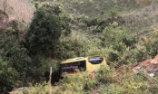 Tai nạn đặc biệt nghiêm trọng ở Kon Tum: Xe khách lao xuống vực sâu 70m, 20 người thương vong
