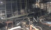 """Hà Nội: """"Bà hỏa"""" thiêu rụi nhiều nhà hàng tại Triều Khúc"""