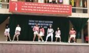 [Clip]: Mãn nhãn với màn biểu diễn của nữ sinh trường THPT Đoàn Kết