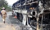 Kon Tum: Xe giường nằm bốc cháy giữ dội, hàng chục hành khách hoảng loạn