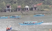 Quảng Bình: Lốc xoáy làm lật hai thuyền du lịch, một du khách Hà Nội tử vong